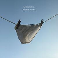 Mendra, Hostal Hostil